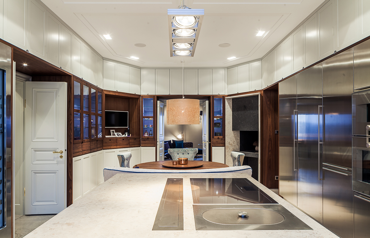 Kök i renoverad lägenhet i Stockholm av Rex Arkitektbyrå