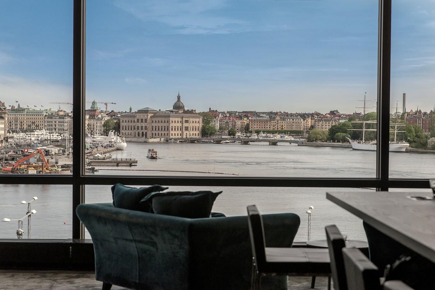 Utsikt över vattnet vid Slusen från Convendums nya co-working space, ritat av Rex Arkitektbyrå