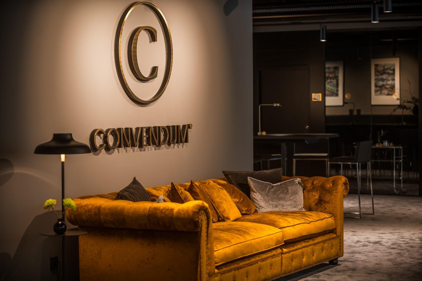 Varm färgskala användes när Rex Arkitektbyrå ritade Convendums nya co-working space i Slussen