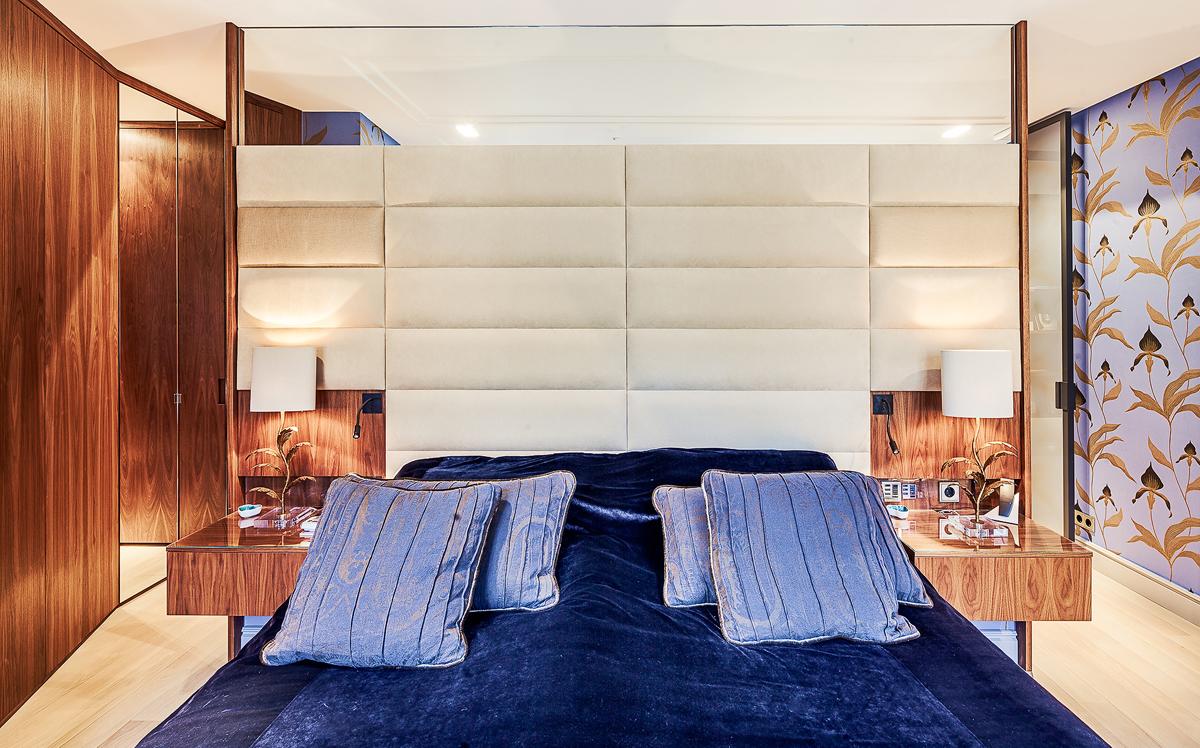 Sovrum i renoverad lägenhet i Stockholm av Rex Arkitektbyrå