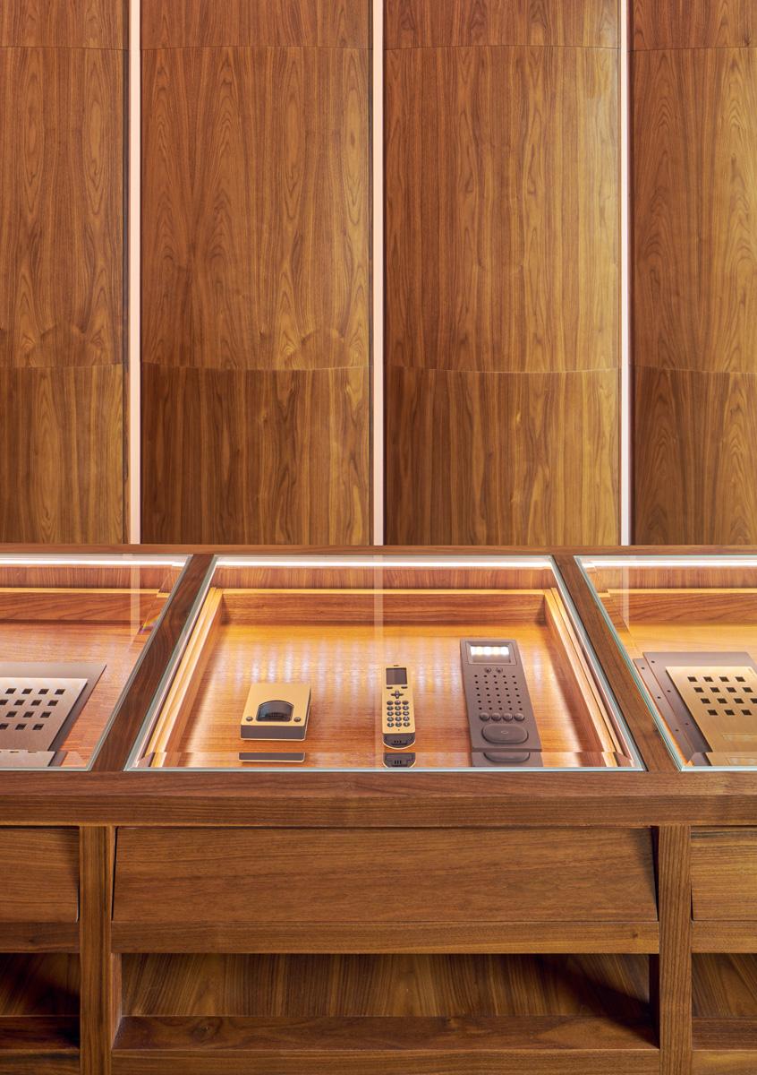 Specialritad monter åt Alouds produkter, ritad av Rex Arkitektbyrå.