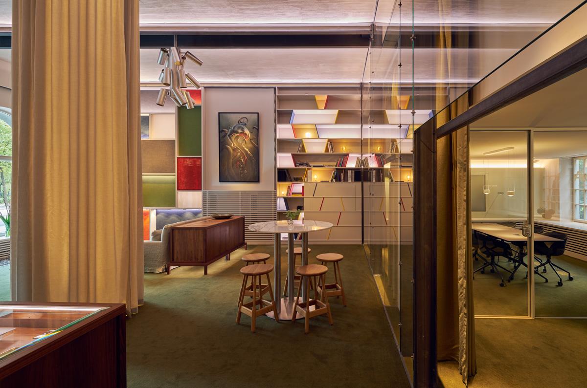 Arkitekter från Rex Arkitektbyrå ritade Alouds nya showroom och kontor i samarbete med företaget själva.