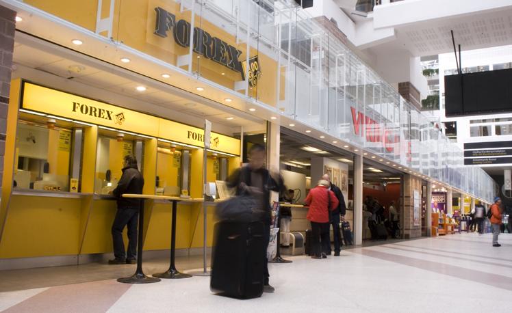Nya butiksfronter efter att Rex Arkitektbyrå uppdaterade Cityterminalen.