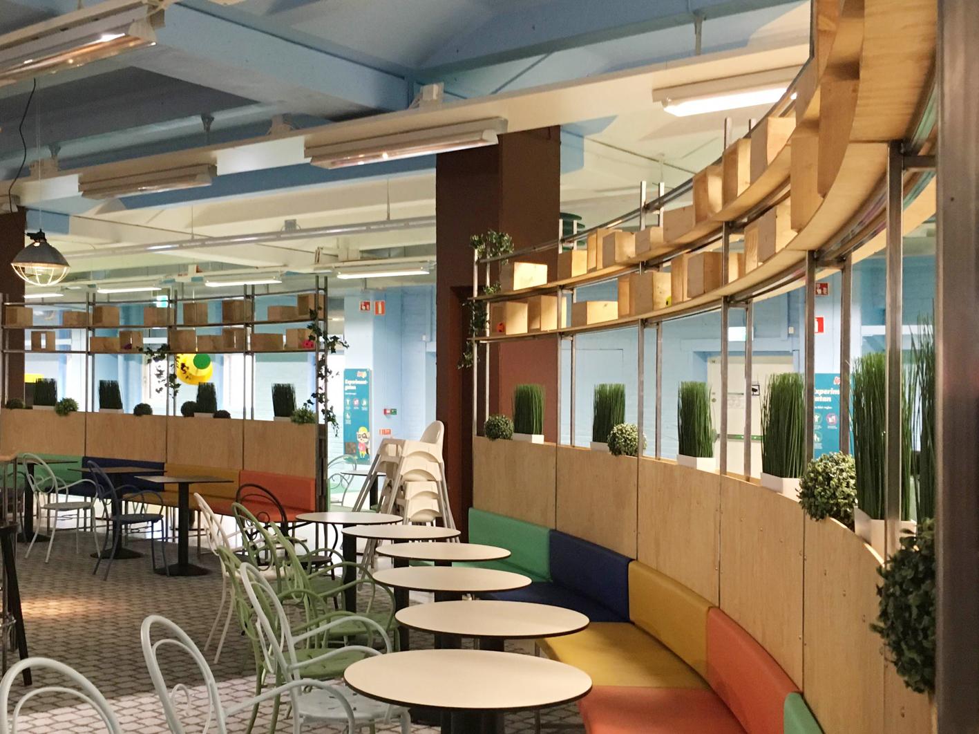 Restaurangen i Andys lekland i Stockholm, ritat av Rex Arkitektbyrå.