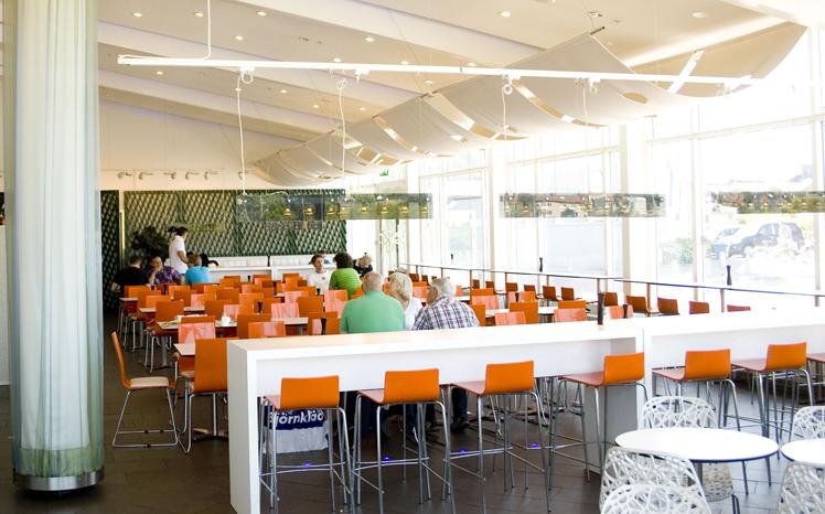 Matsal i Martin Ohlsons uppdaterade restaurang. Rex Arkitektbyrå