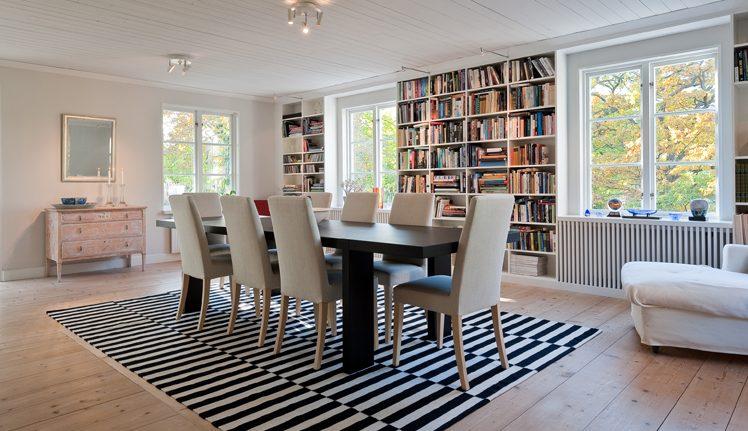 Vardagsrum i Villa Nyhem, av arkitekterna på Rex Arkitektbyrå